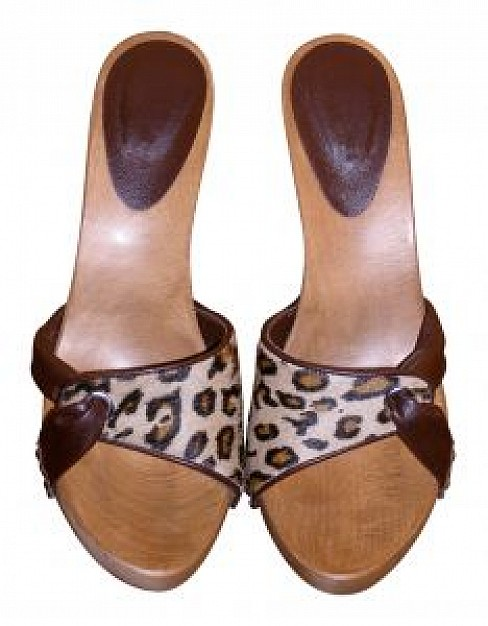 brown high-heeled shoes top view feature